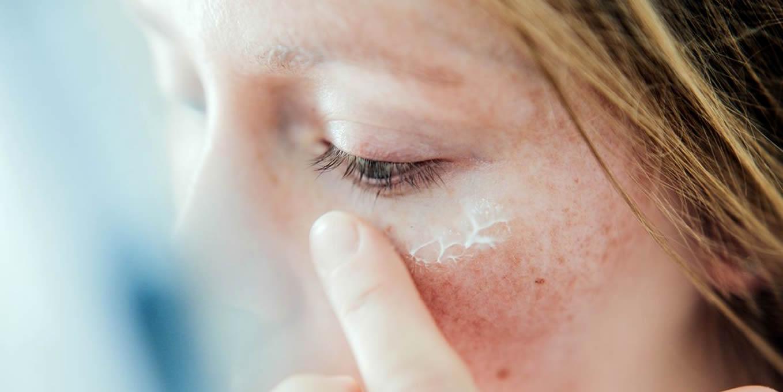 Cuidados para combater o envelhecimento precoce da pele facial